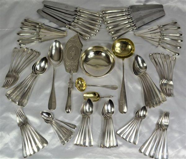 Dao, rĩa inox được đánh bóng bằng chế phẩm AD31